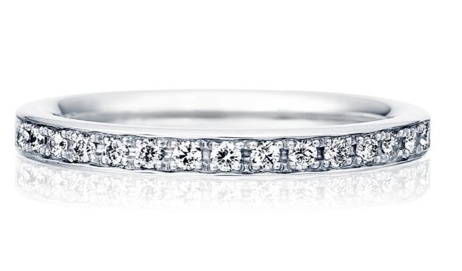 トレセンテのハーフエタニティの結婚指輪