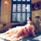 ピンクのウエディングドレス
