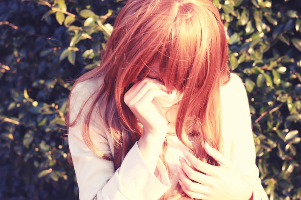 泣いている女ん子