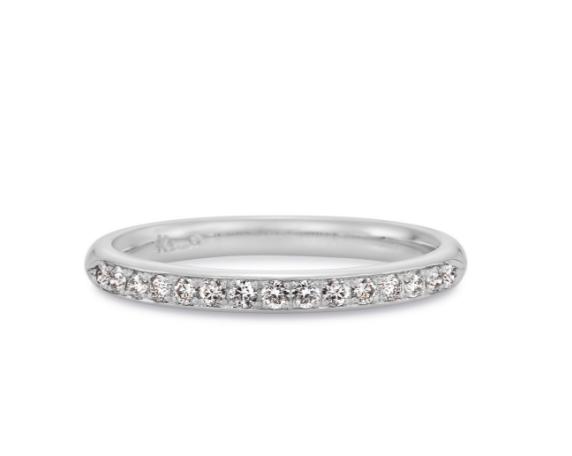 ケイウノのハーフエタニティの結婚指輪