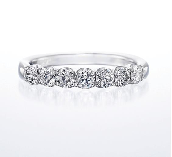 銀座ダイヤモンドシライシのハーフエタニティの結婚指輪