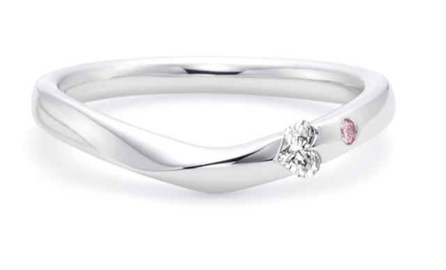 トレセンテのモダンハートの結婚指輪