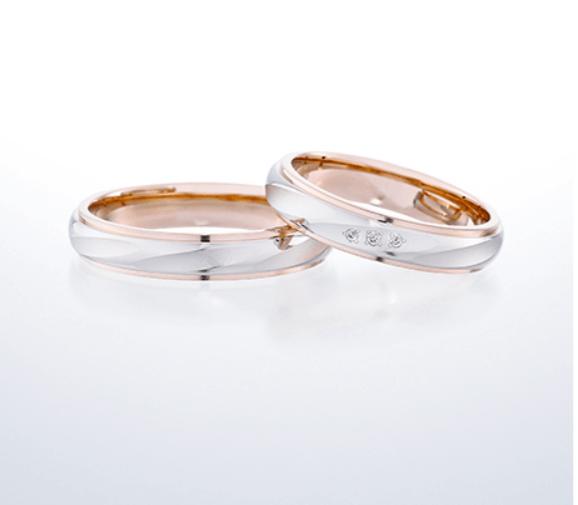 銀座ダイヤモンドシライシのピンクゴールドの結婚指輪